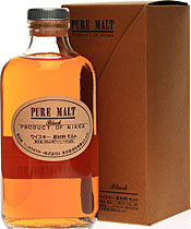 Nikka Black Pure Malt Whisky - Nikka Black Pure Malt Whisky with 500 ml. and 43 % volume.  Nose: Fresh pear, then richer notes quickly develop. Custard, apricot, touch of hazelnut. Hint of pine. Delicate smokiness in the back. Cara...
